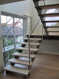 Treppen - Treppe-aus-Edelstahl-7