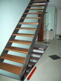 Treppen - Treppe-aus-Edelstahl-8