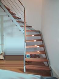 Treppen - Treppe-aus-Edelstahl-9