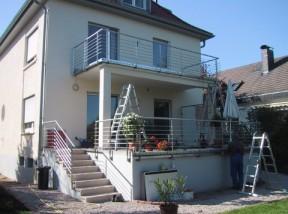 Balkon und Treppengeländer incl. Edelstahlrinne